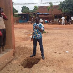 Boukaré gère le chantier